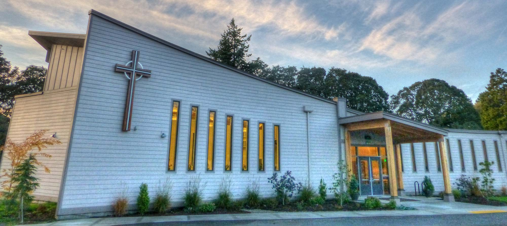 Oak-Hills-Presbyterian-Exterior